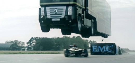 Semi truck jump world record lotus F1